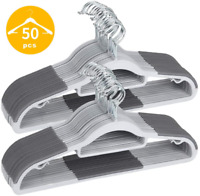 Juego de 50 perchas resistentes con 10 clips de dedo de uso m/últiple con gancho de cobre y oro rosa Finnhomy ganchos de terciopelo antideslizantes color gris resistentes y duraderos