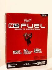 Nuevo En Caja 2555-20 Milwaukee M12 combustible Stubby 1/2. llave De Impacto Con Anillo