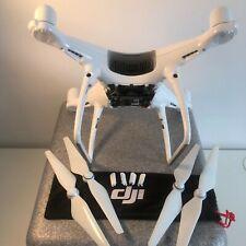 DJI Phantom 4 PRO Drone INLC:PROPS AND DJI BOX