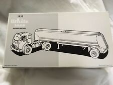 FIRST GEAR, 1953 WHITE 3000 TRACTOR W/ TANK TRAILER, STOCK #19-0010