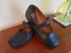 Josef seibel ladies black leather Mary jane style flat shoes Size 4D UK/37 EU