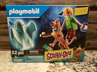 Playmobil SCOOBY-DOO! Scooby & Shaggy with Glow In The Dark Ghost 70287 NEW