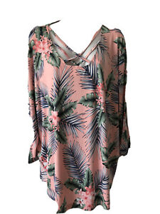 N Touch Woman's Plus 2X Hawaiian Print Blouse 3/4 Sleeve NWTs Pink mist multi