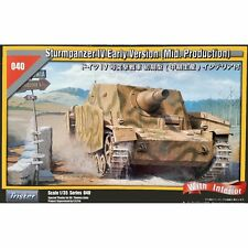 Tristar 35040 Sturmpanzer IV Early Version with Interior 1/35 scale model kit