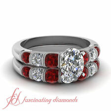 Not Enhanced Oval SI2 2.00 - 4.99 Diamond Engagement Rings