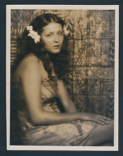SEXY RAQUEL TORRES AS SOUTH SEAS ISLAND GIRL - OVERSIZE DBLWT BY LOUISE 1928 SIL