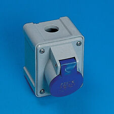 Caravan/Motorhome Garage Socket 240 Volts 16 Amp