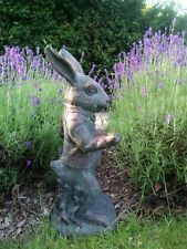 Le lapin blanc (de ALICE's Adventures in Wonderland) Jardin Statue Ornement