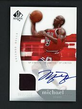 2005-06 SP Authentic Limited Michael Jordan Chicago Bulls HOF Jersey AUTO 63/100