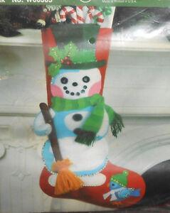 Bernat FROSTY & FRIEND Felt Applique Christmas Stocking Kit #W00305 Snowman NEW