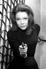Diana Rigg pointing gun The Avengers 11x17 Mini Poster