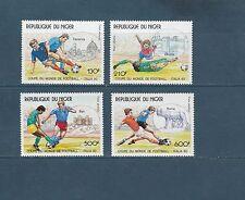 Niger poste aérienne  coupe du monde de Football  1990   num:  362/65  **