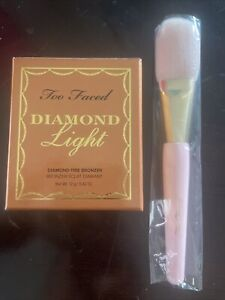 Too Faced Diamond Light Bronzer Sealed Box With Pink Gold Powder Multi Brush