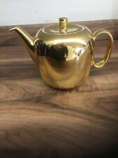ROYAL WORCESTER GOLD LUSTRE PATTERN 1 1/2 PINT TEAPOT.