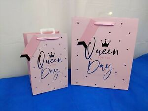 Queen for the Day Gift Bag for Mum, Girlfriend, Wife Medium & Perfume Size