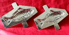 N° 330- ANCIENS MOULES A CHOCOLAT / 2  DEMI POISSONS  12 cm   chocolate mold-