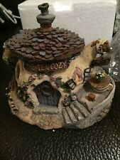"Boyds Rare Retired Bearly Built Village Piece ""The Tea Cozy"""