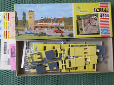 FALLER AMS 4904 - Boxengasse