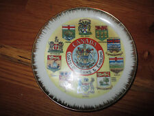 VINTAGE CANADA COAT OF ARMS AND EMBLEMS COLLECTOR PLATE NAPCO GC IM5077