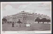 Middlesex Postcard - South East Front, Hampton Court Palace    RS2848