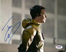 "TOM CAVANAGH as REVERSE FLASH SIGNED 8X10 PHOTO ""THE FLASH""  PSA DNA COA"
