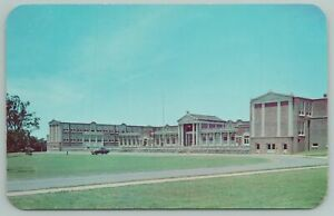 Memphis Tennessee~East High School~Car in Front~Vintage Postcard