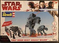 Star Wars (VIII) Revell 06761 - Build & Play, First Order Heavy Assault Walker