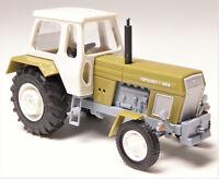 H0 BUSCH Traktor Fortschritt ZT 300-D sienagrün weiß - das DDR Ackertier # 42844