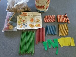 Lot of 280+ Vintage Tinkertoys Tinker Toys Plastic & Wood  Parts & Pieces