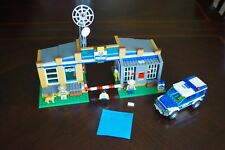 LEGO City Set 4440 Forest Police Station, 3 Minifigures, Truck, Dog - GUC - READ