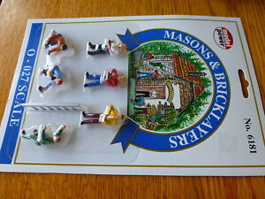Model Power #6181 O Figures Painted - Working People - Masons & Bricklayers