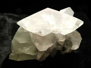FLUORITE Crystals With Calcite Crystals Xianghualing Mine China 157gr