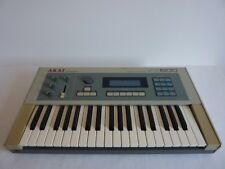 Akai VX600 matrix synthesiser in excellent condition