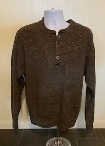 RedHead Brown Sweater Men Size Medium Henley 1/2 Button Pullover Knit Casual