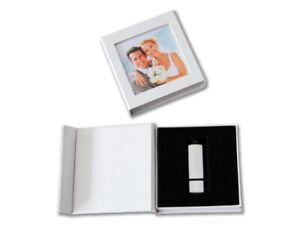 Hochzeit USB-Box mit Bildfenster.  Kunstleder Weiß, Schwarz.