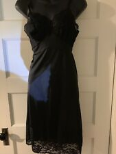 New listing Vintage Vanity Fair Full Slip Black Nylon Lace 30