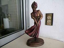 AUSTIN SCULPTURE 1992 SIGNED  14'' WOMAN GOLFER FIGURINE