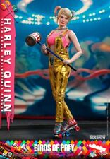 Hot Toys Birds of Prey 1/6th scale Harley Quinn Collectible Figure (preorder)
