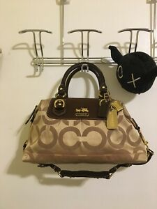 Coach Signature Collection Satchel/Hobo Bag (comes with original dust bag!)