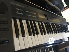 ROLAND ALPHA JUNO ONE Vintage synthesizer CLEAN and WORKING PERFECTLY