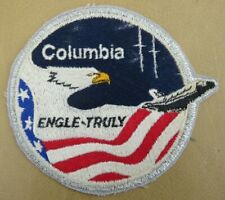 SPACE  SHUTTLE  ' Columbia '  <>  EMBROIDERED BADGE  <>  USED