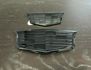 2015-2020 Escalade Grille & Liftgate Emblems in Full Black Gloss