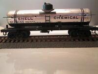 Vintage HO Scale Single-Dome Tank Car Shell Chemical Company/Silver #519