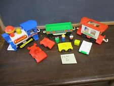 Fisher Price Little People Play Family 2581 D Train Freight Mail luggage car Lot