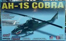 AH-1S Cobra US Bell Helicopter 1/48 Scale Plastic Model Kit