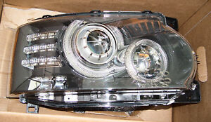 Land Rover Brand Range Rover 2010-2012 Adaptive Bi-Xenon OEM Right Headlamp NAS