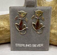 Darling Modernist Sterling Silver Kitty Cat Shape Stud Earrings