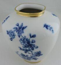 VINTAGE BAVARIA PORCELAINE VASE UNIQUE SHAPE BLAUE BLUE/WHITE FLOWERS GOLD RIMS