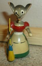 """Vintage Goula Spain wooden mouse lady with broom Miniature 2"""" tall"""