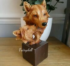More details for wolf wolf mother & cub wood effect bust ornament figurine 15cm